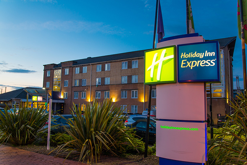 Holiday Inn Express   Cardiff Bay | Hotel In Cardiff Bay | Hotel In Cardiff  | Hotels Near Cardiff City Stadium | Hotel Close To Cardiff Airport | Hotel  Near ...